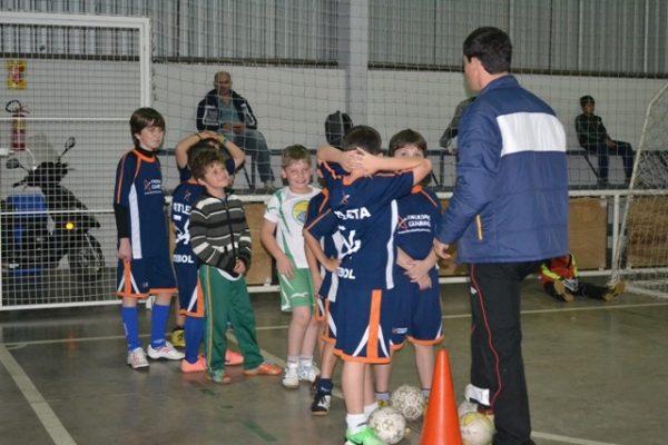 Três equipes da Guairacá se classificam para semifinal da Copa Verão