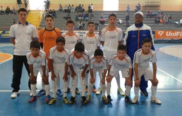 Escola de Futebol/Futsal se classifica para segunda fase da Taça Paraná