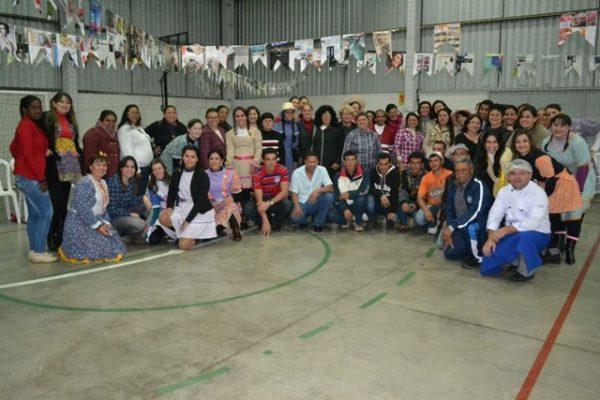 Pedagogia realiza festa junina como encerramento das atividades do EJA
