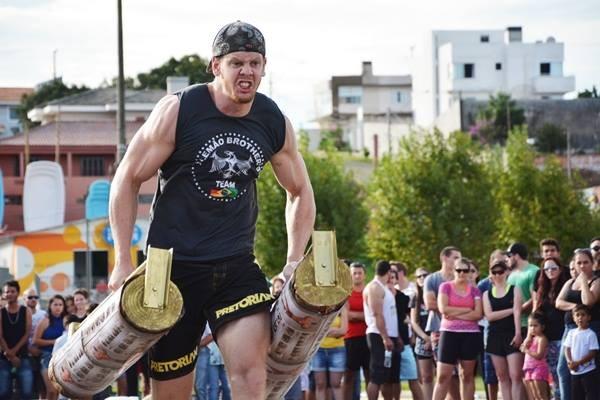 Ricardo Prasel é campeão absoluto no 1º Strong Man de Guarapuava