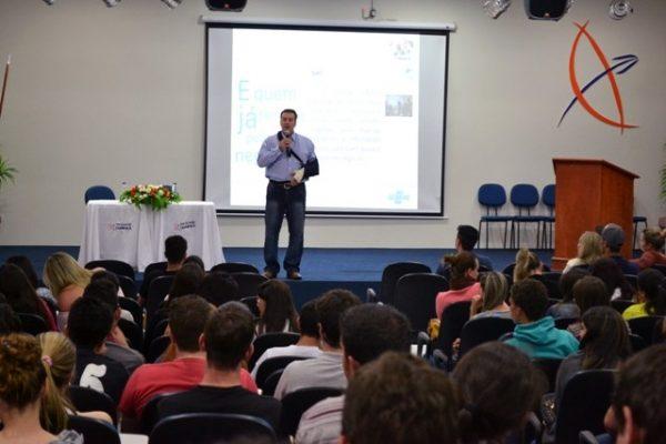 'Empreendedorismo' é destaque na I Semana Integrada de Administração