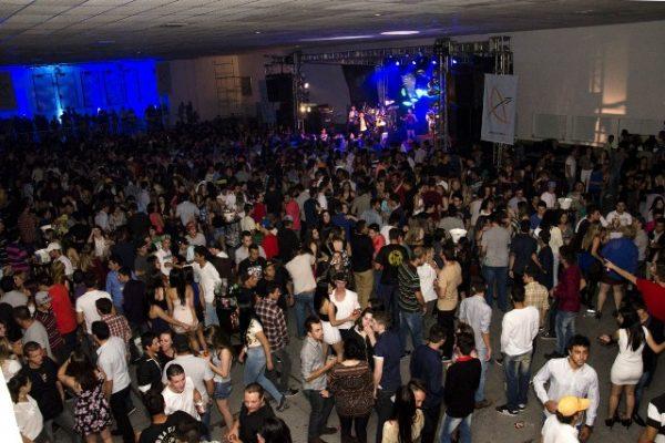 Festa de vestibular da Guairacá é sucesso absoluto