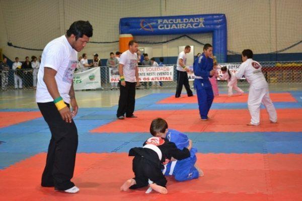 Faculdade Guairacá apoia 3ª Copa PMPR de Jiu Jitsu