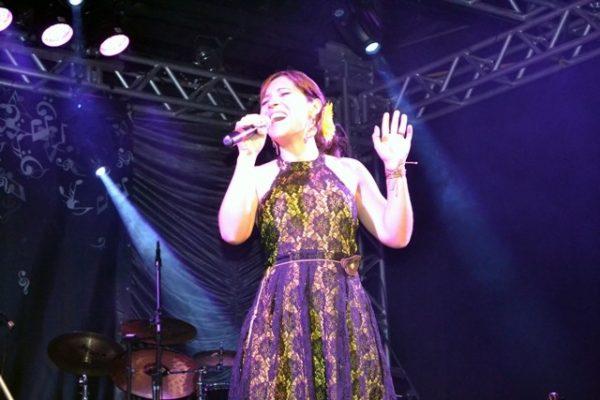 Acadêmica de Pedagogia fica em 3º no Festival Universitário da Canção