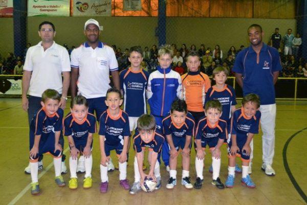 Escola de Futebol/Futsal Guairacá confirma presença na Taça Paraná