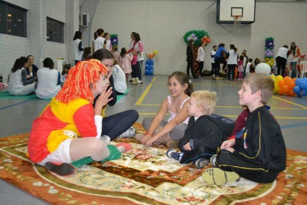 Pedagogia da Guairacá promove mais uma edição da 'Noite do Brincar'