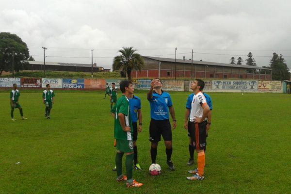 Faculdade Guairacá estreia no Campeonato Intermunicipal de Futebol Suíço