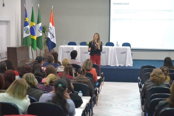 Jornada debate o trabalho interdisciplinar no Sistema Único de Assistência Social