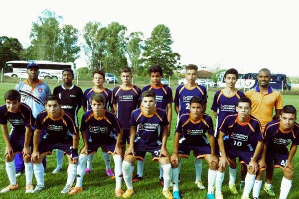 Escola de Futebol/Futsal Guairacá vence todas pelo Guarapuavano de Futebol