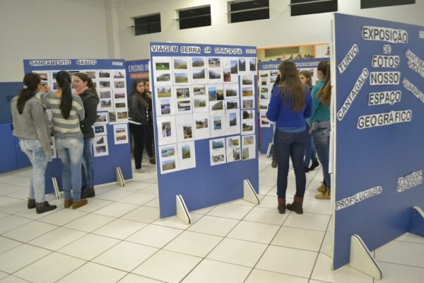 Colegiado de Pedagogia realiza exposição fotográfica