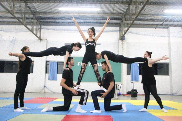 Festival de ginástica rítmica, geral e dança encerram disciplina