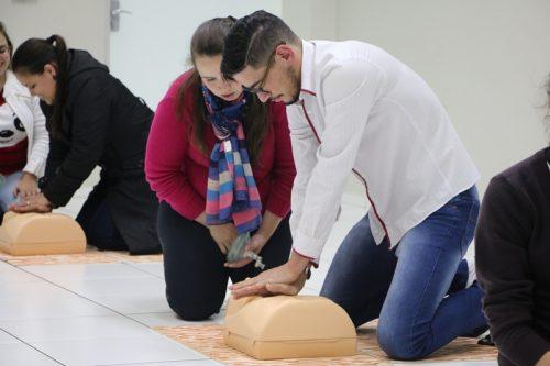 Cruz Vermelha Brasileira realiza curso de primeiros socorros em Guarapuava, em parceria com a Guairacá