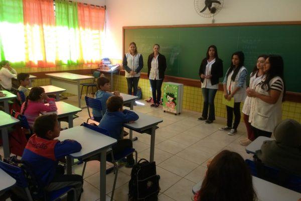 Pedagogia da Guairacá realiza atividades na Escola Elias Abrahão, em Turvo