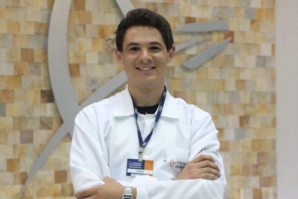 Carlos Henrique, egresso de Ciências Biológicas da Guairacá, é aprovado em Mestrado