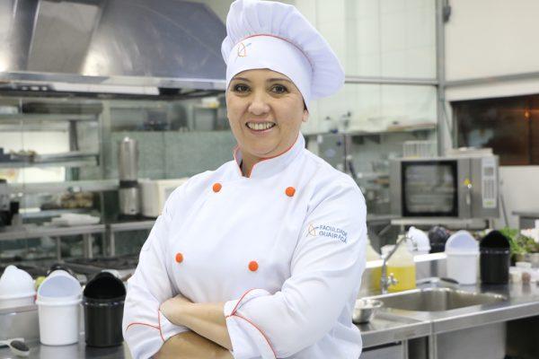 A gastronomia busca sua origem, por Leila Pires
