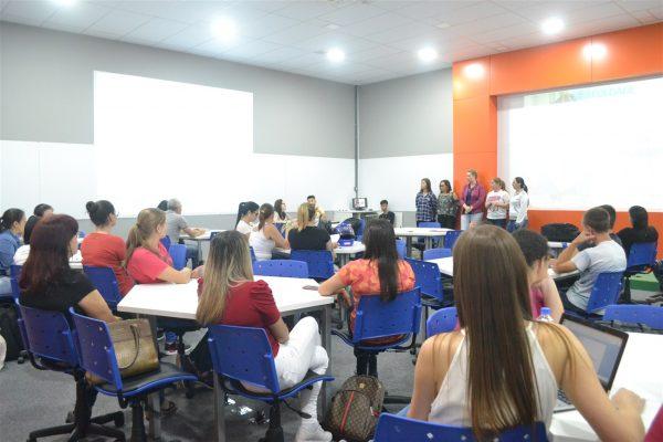 Acadêmicos de Enfermagem da Guairacá desenvolvem projetos em unidades de saúde