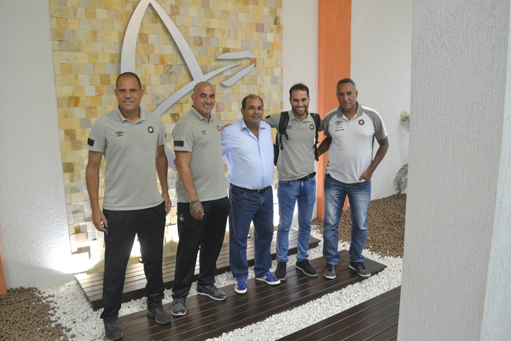 Visando possíveis parcerias, Guairacá recebe visita de equipe técnica do Athletico