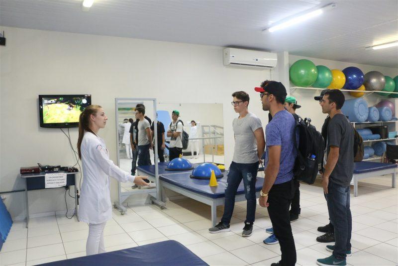 Faculdade Guairacá promove 7ª Mostra Multidisciplinar nas Clínicas Integradas
