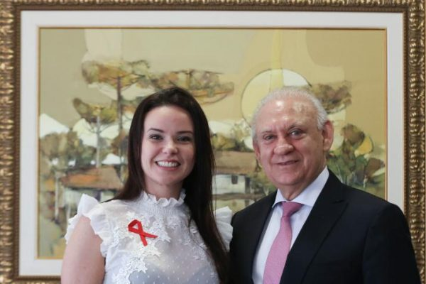 Professora da Guairacá inspira lei de conscientização sobre o câncer bucal