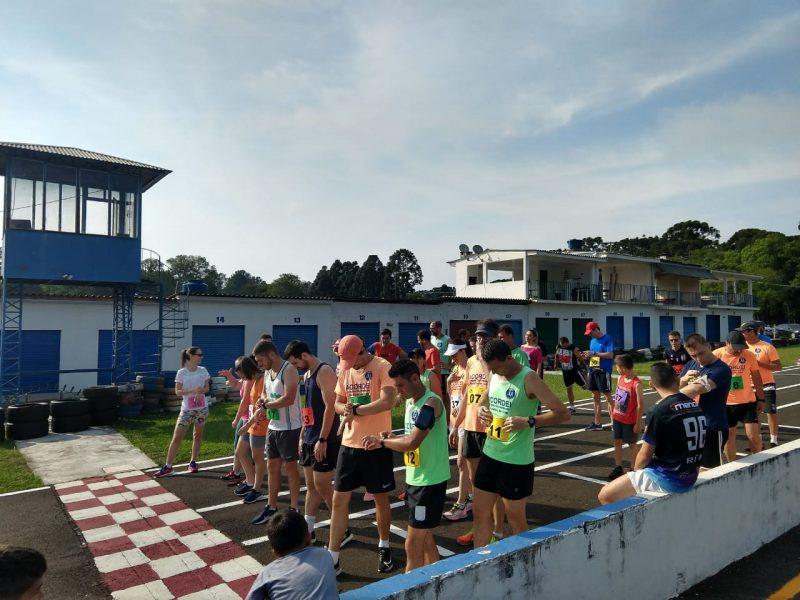 Educação Física da Guairacá promove festival de voleibol e corrida beneficente