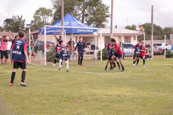 Na Guairacá, jovens se preparam para ingressar nas categorias de base do Athletico