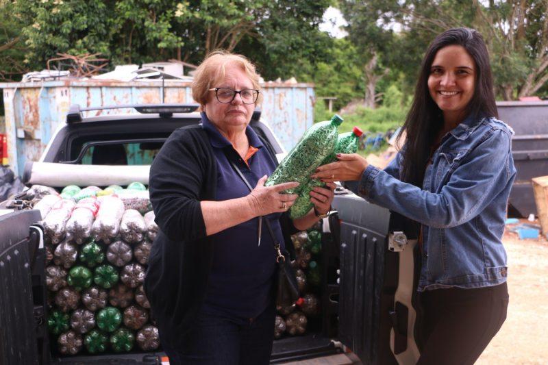 Guairacá entrega ao Pequeno Cotolengo 334 garrafas com lacres para troca por cadeira de rodas