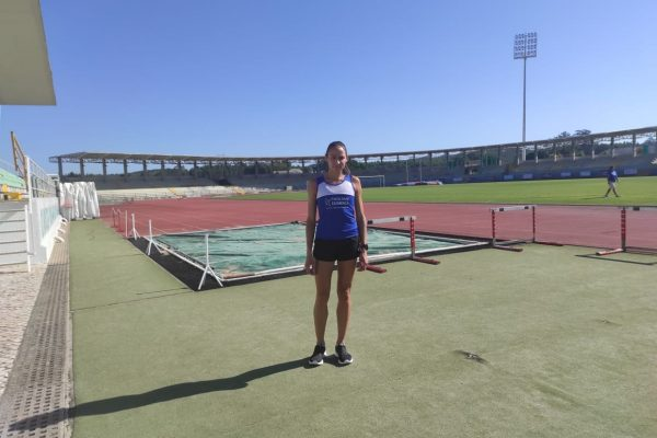 Em busca do índice olímpico, atleta da UniGuairacá participa de camping na Europa