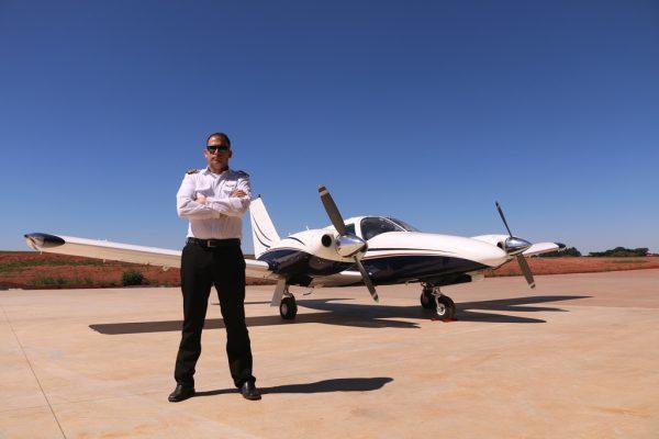 Inovação: UniGuairacá lança cursos de graduação na área da aviação