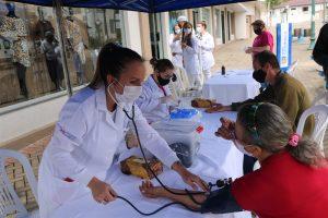 UniGuairacá leva serviços de saúde ao município de Irati